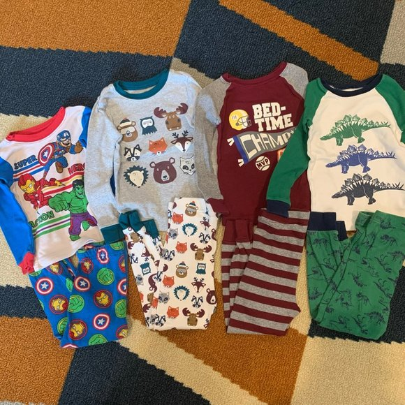 Toddler Boy Assorted Items Lot Pajamas Size 3T